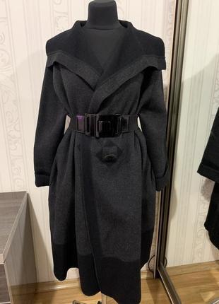Очень стильное пальто шерсть