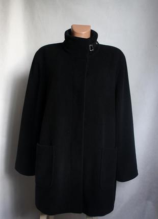 Шикарное пальто из ангоры basler на скрытой застежке с накладными карманами