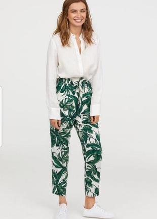 Летние брюки  свободного кроя на высокой талии с принтом листья пальмы