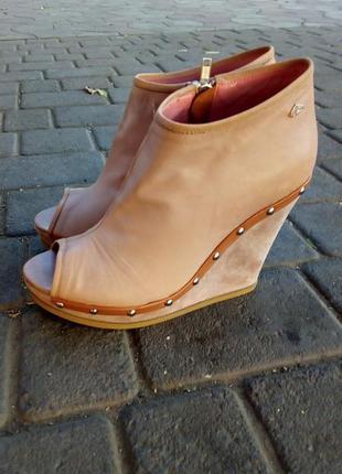 Кожаные ботиночки fornarina