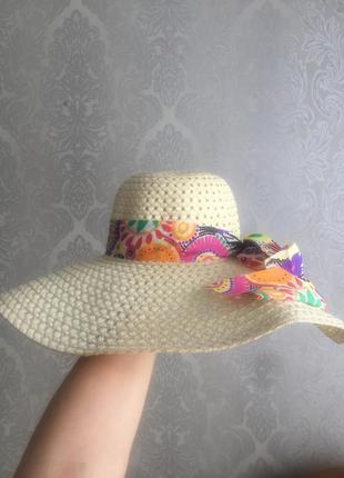 Шляпка женская пляжная