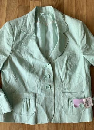 Льняной пиджак мятного цвета размера л