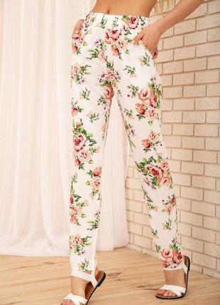 Летние брюки в цветочный принт