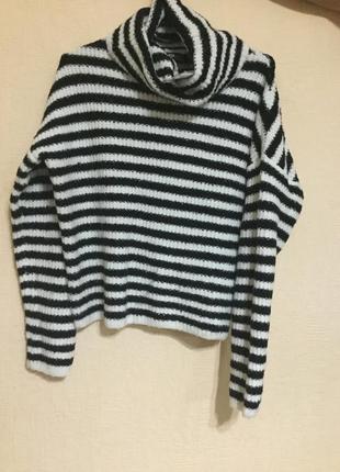 Новый свитерок под горло в полосочку