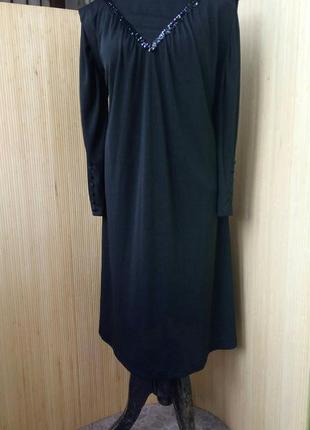 Оригинальное платье туника расшитое пайетками