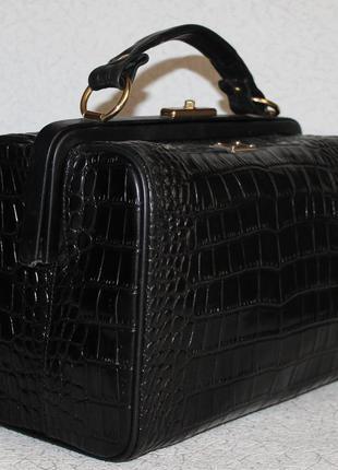 Шикарная кожаная сумка саквояж dolce&gabbana