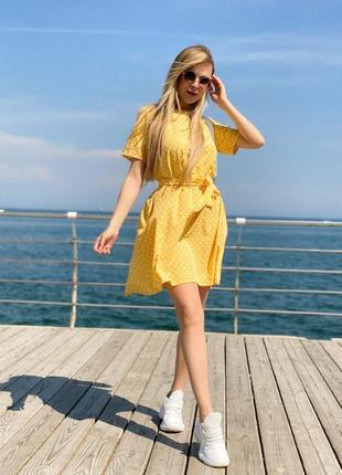 Женское платье в горох с поясом6 фото