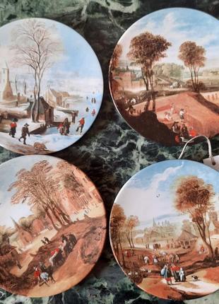 Набор винтажных тарелок
