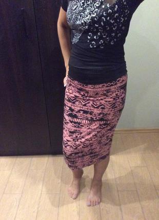 Стильная юбка с принтом