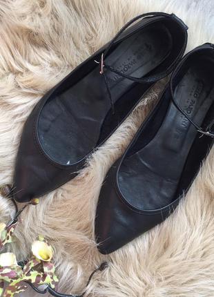 Кожаные чёрные балетки carlo pazolini