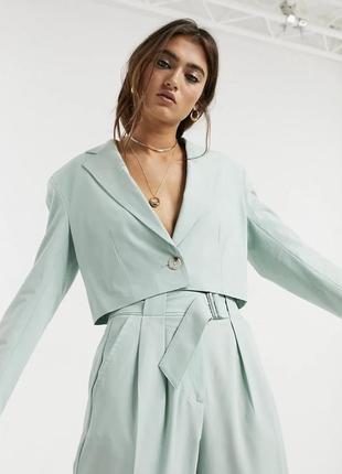 Укороченный пиджак бершка