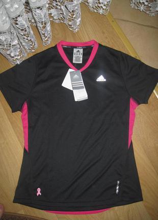 Суперкласна  спортивная футболка adidas оригінал