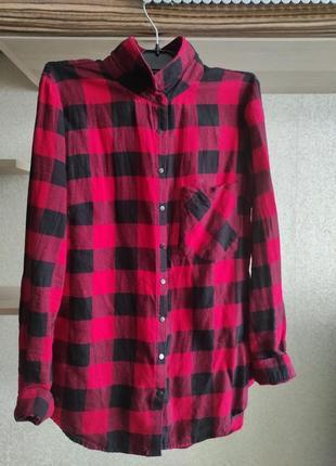 Рубашка женская в клеточку красного цвета
