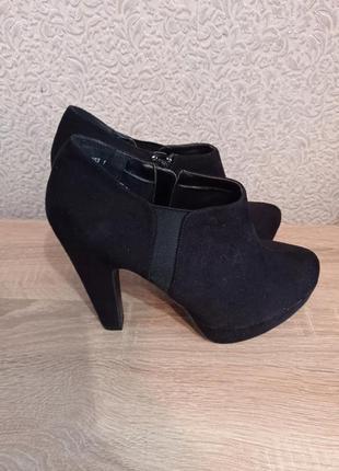 Ботильоны ботинки ботінки на высоком каблуке new look