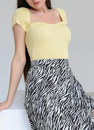Топ вязаный блуза с квадратным вырезом тренд футболка