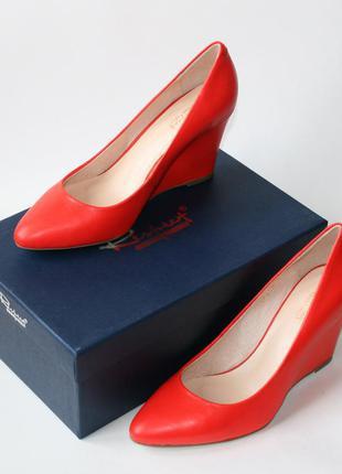 Поделиться:  туфли лодочки respect, оригинал. натуральная кожа. 35-41