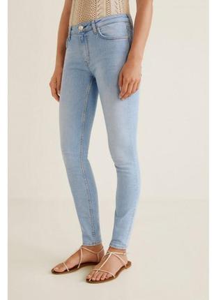 Джинсы skinny от mango . размер xs . скинни джинсы