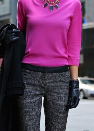 Шикарный свитер woolovers  красивого розового цвета