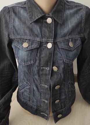 Джинсовый фирменный пиджак