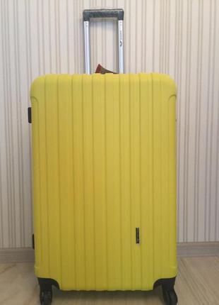 Маленький чемодан, ручная кладь 55 см качество супер