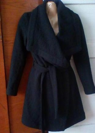 Шерстяное пальто на запах,без подкладки.oasis.