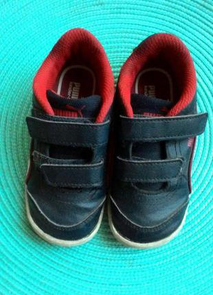 Продам фирменные кроссовки для мальчика puma