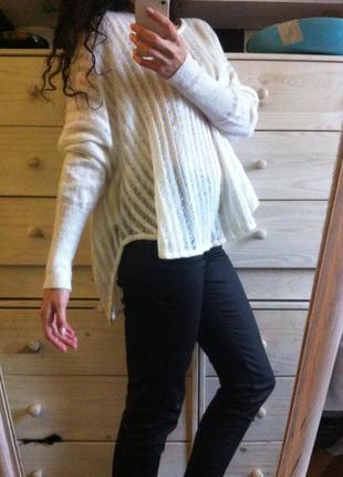 Стильный белый свитер оверсайз шерсть 30% 10-12+