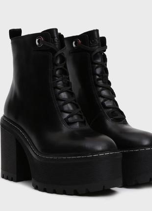 Новые кожаные ботинки tommy hilfiger оригинал