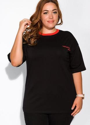 Женская черная футболка с красным воротником надписью однотонная большая оверсайз