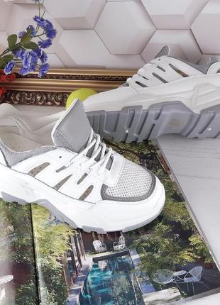 Летние кроссовки с открытой пяткой