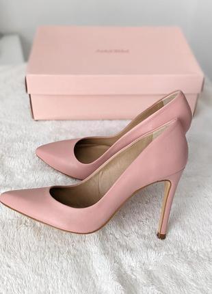 Идеальные базовые розовые туфли лодочки michael kors preppy - цвет телесный, нюд, пудра