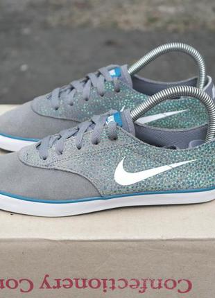 Nike starlet р.36(23см) замшевые кеды.