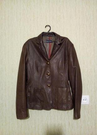 Кожаный пиджак курточка размер m/l
