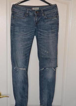 Levis джинсы синие очень крутые!