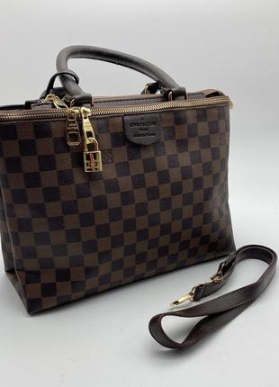 Женская сумка в клетку хорошего качества коричневого цвета