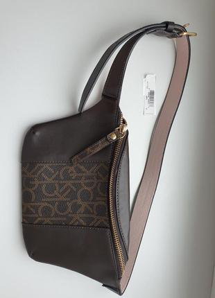 Calvin klein сумка напоясная через плечо
