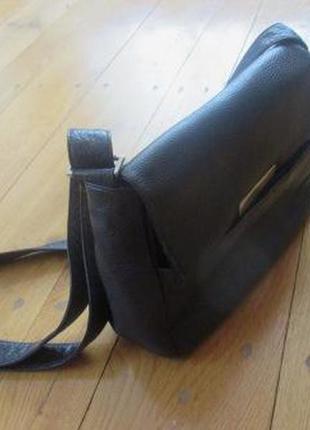 Кожаная(натуральная кожа) сумка кроссбоди германского бренда bree