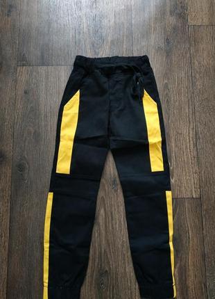 Штаны джогеры на 6-8 лет, брюки на резинке, джинсы
