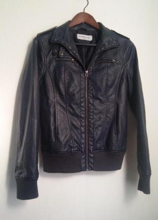 Темно-синяя кожаная куртка clockhouse