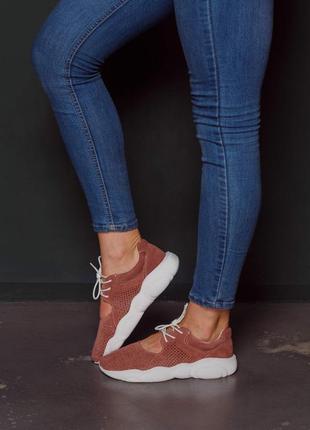 Мягкие лёгкие  кроссовки из натуральной замши5 фото