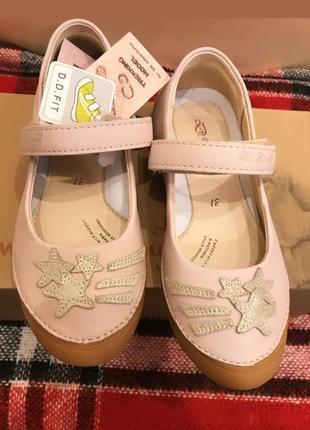 Нереально красиві туфельки d.d step