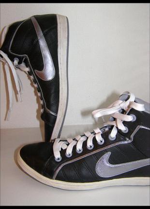 39/25,5 см –стильные кожаные кеды ботинки хайтопы -nike-оригинал- натуральная кожа – новые
