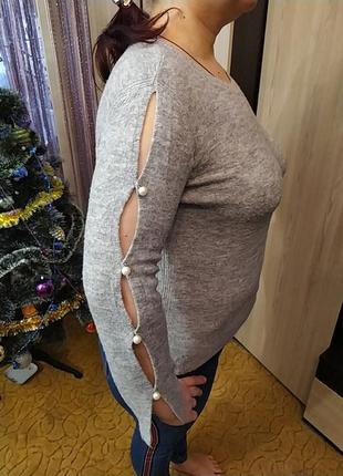 Легусенький свитерок