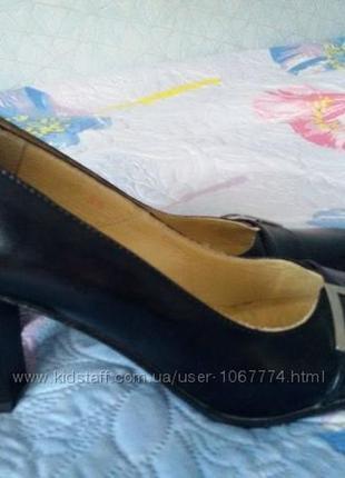 Туфли кожанные 39 размер4 фото