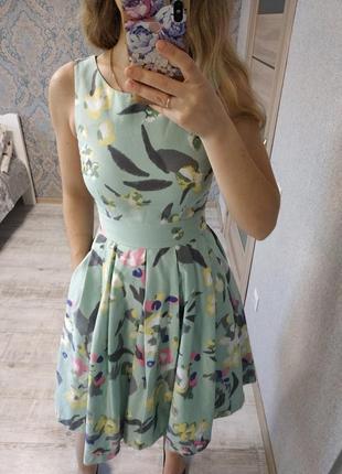 Очень классное платье миди длины