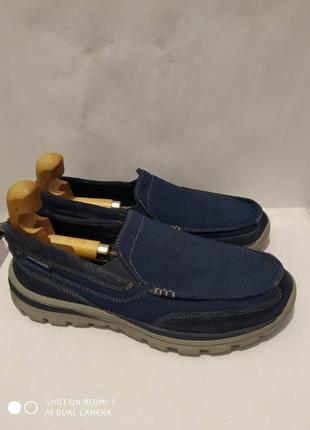 Комбинированные кроссовки, мокасины skechers