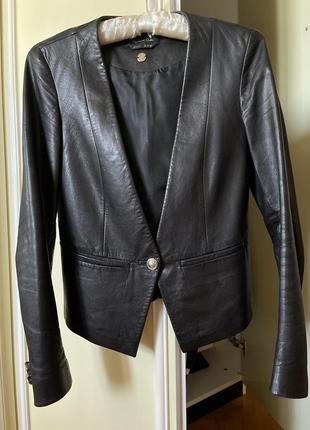 Кожаный пиджак massimo dutti xs/s