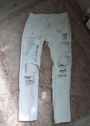 Крутезные рваные джинсы