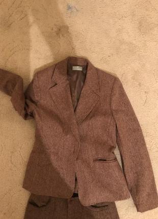 Классический костюм stradivarius