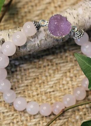 Ніжнорожевий браслет з кварцу і акриловою друзою. рожевий кварц. жіночий браслет.